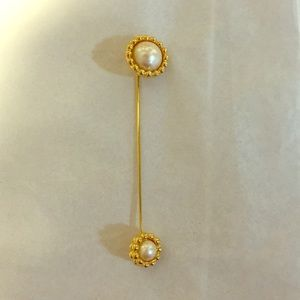 Vintage Monet pearl stick pin
